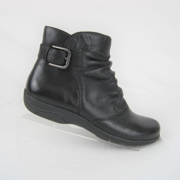 Clarks Women's Ankle Boots